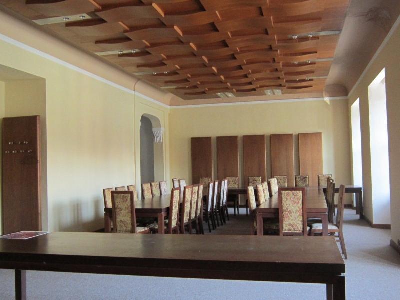 Jednací místnost či velká kancelář č. 302– 99,10 m²