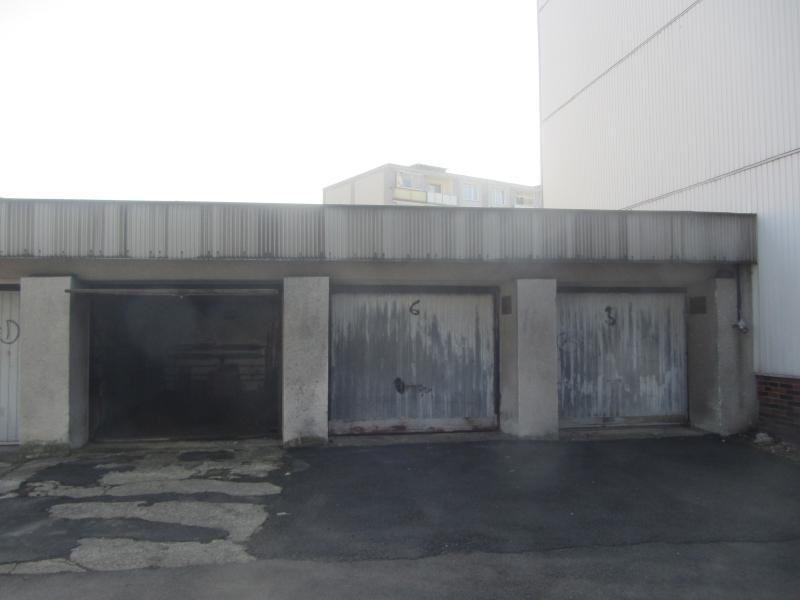 Pronájem garáže v ulici Matěje Kopeckého – 23 m²